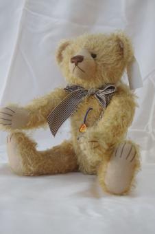 "Teddy ""Bernd"""